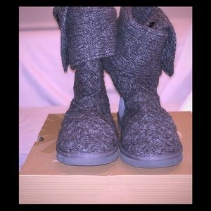 EUC- Authentic Ugg Gray Cardy Lattice Style Boots